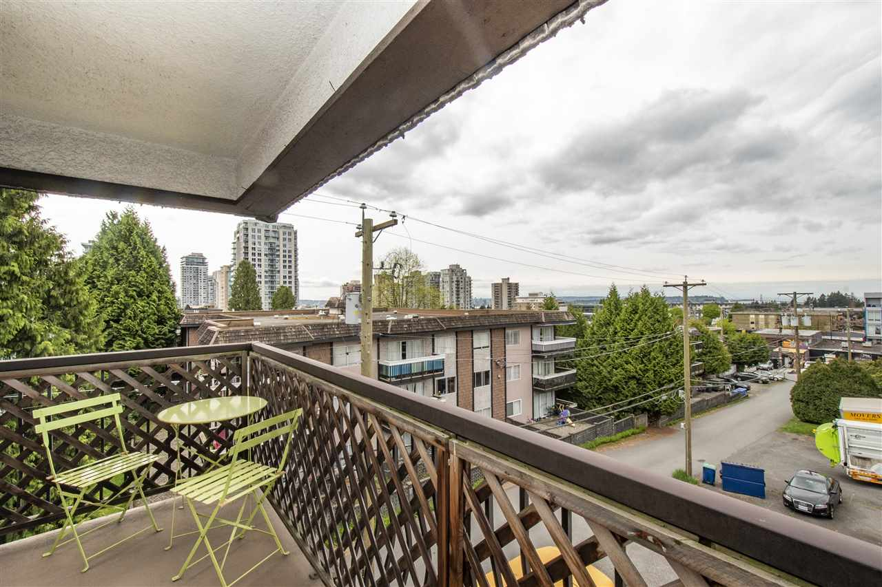 304 143 E 19TH STREET - Central Lonsdale Apartment/Condo for sale, 2 Bedrooms (R2573362) - #13