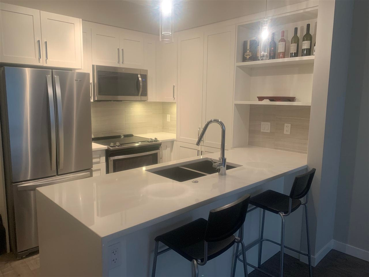 E104 20211 66 AVENUE - Willoughby Heights Apartment/Condo for sale, 1 Bedroom (R2573439) - #1