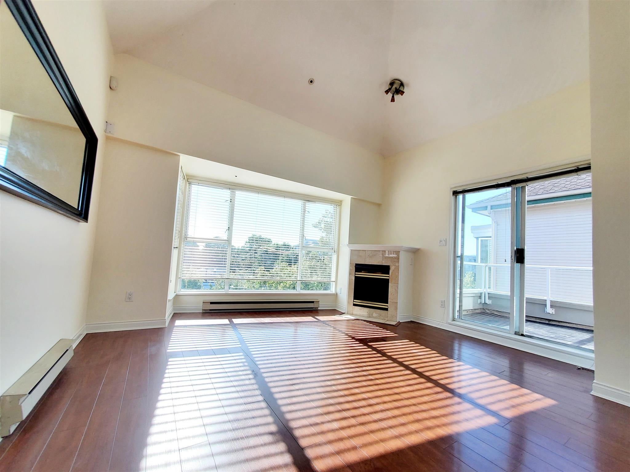 408 3480 MAIN STREET - Main Apartment/Condo for sale, 2 Bedrooms (R2573445) - #1