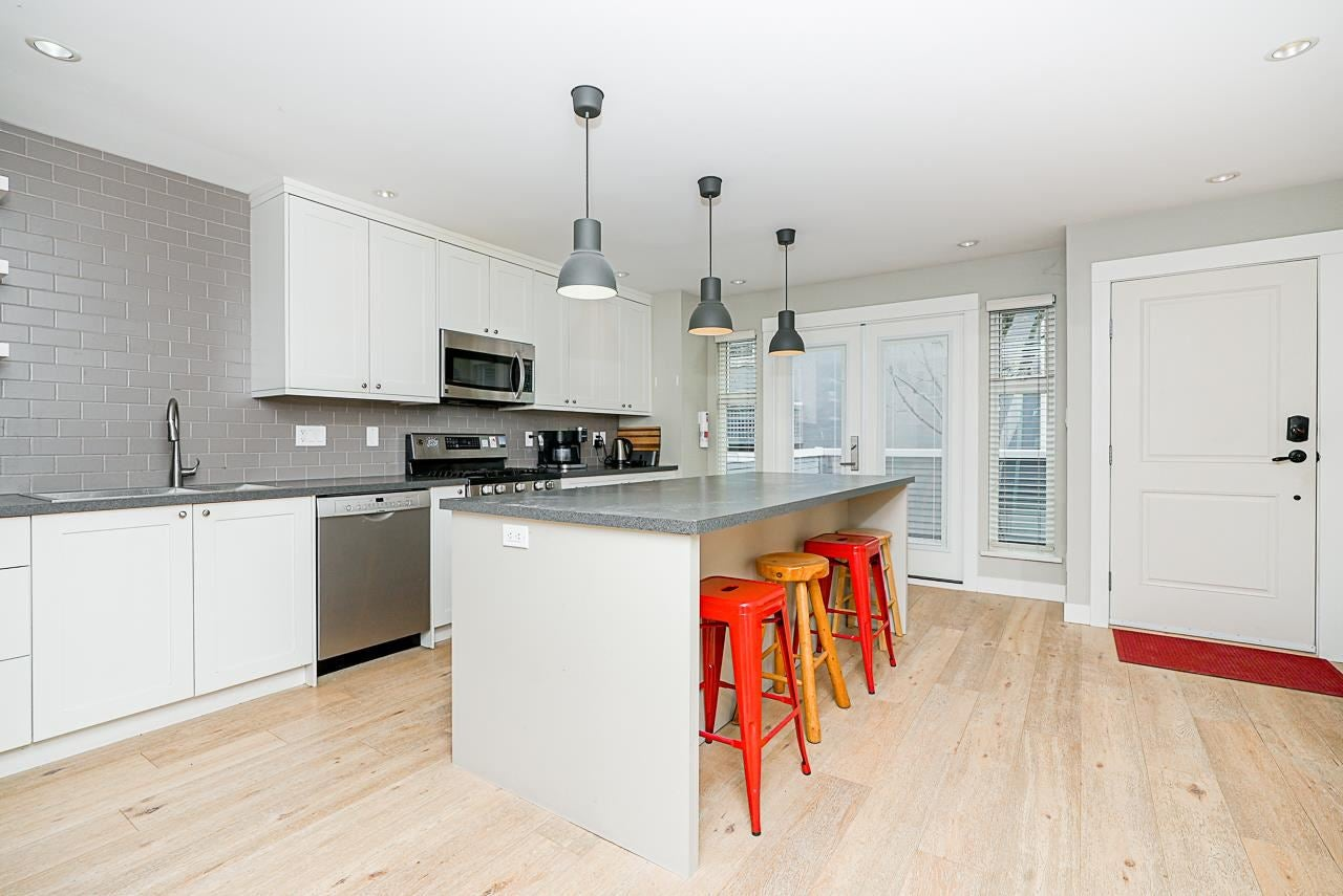 A4 240 W 16TH STREET - Central Lonsdale Townhouse for sale, 3 Bedrooms (R2573509) - #3