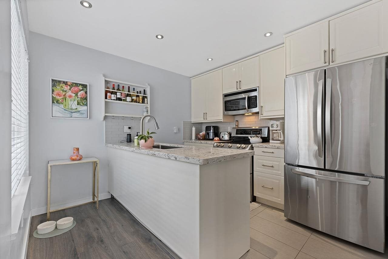 332 E 6TH STREET - Lower Lonsdale 1/2 Duplex for sale, 3 Bedrooms (R2573600) - #11