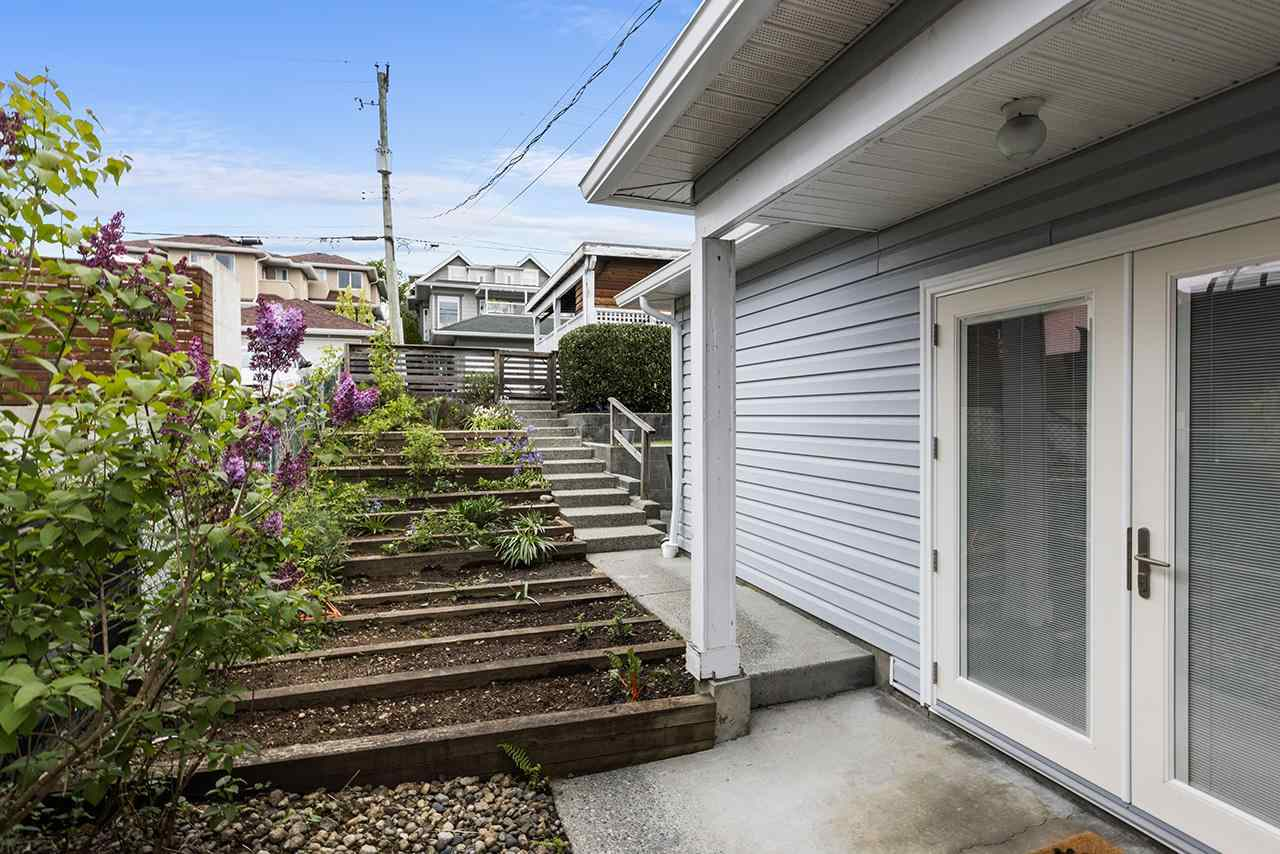332 E 6TH STREET - Lower Lonsdale 1/2 Duplex for sale, 3 Bedrooms (R2573600) - #28