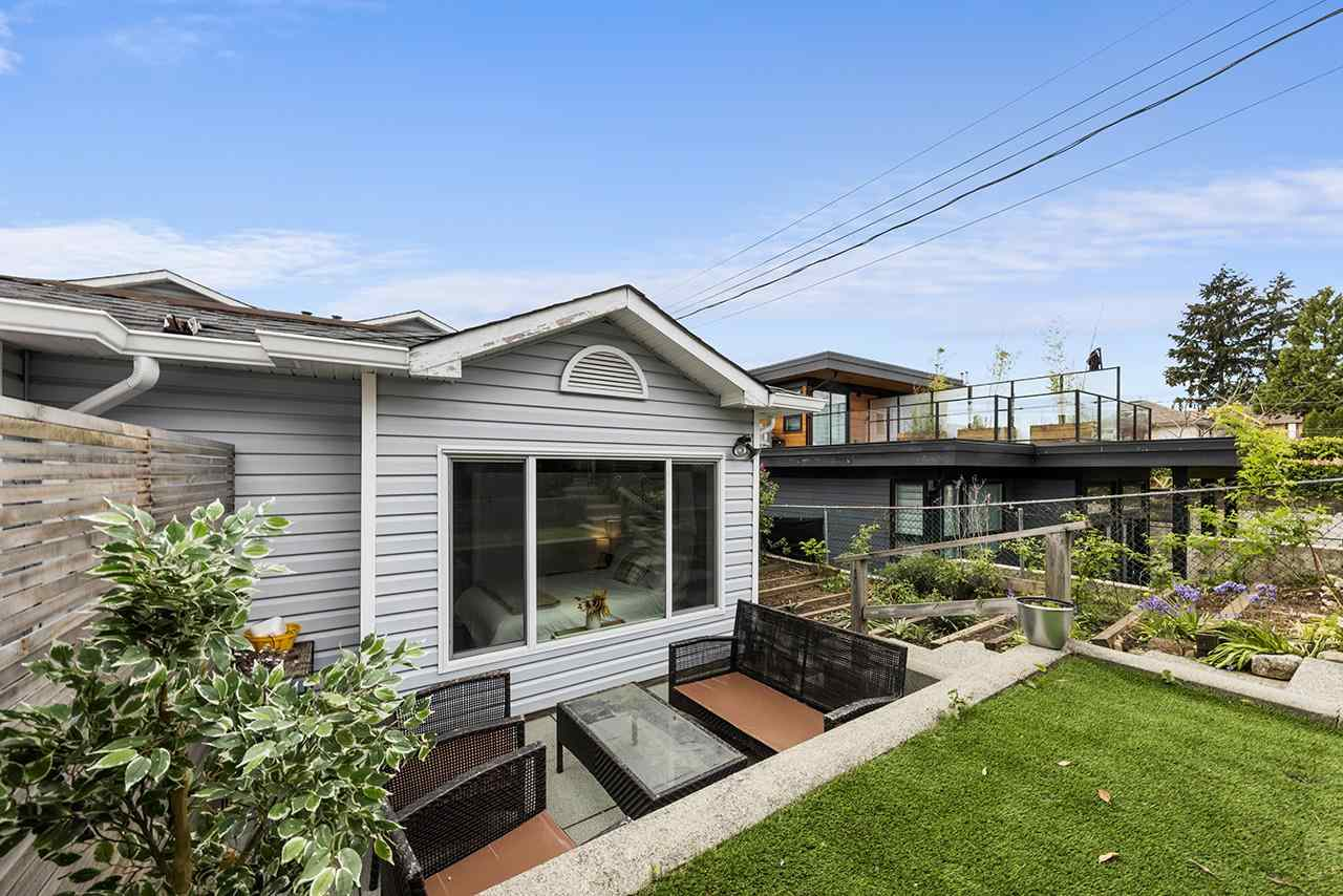 332 E 6TH STREET - Lower Lonsdale 1/2 Duplex for sale, 3 Bedrooms (R2573600) - #35