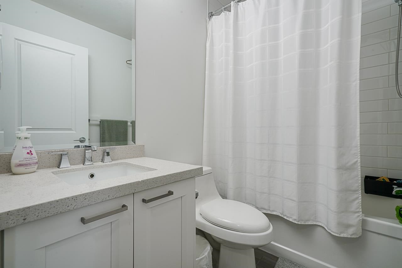 100 9989 E BARNSTON DRIVE - Fraser Heights Townhouse for sale, 3 Bedrooms (R2573730) - #20