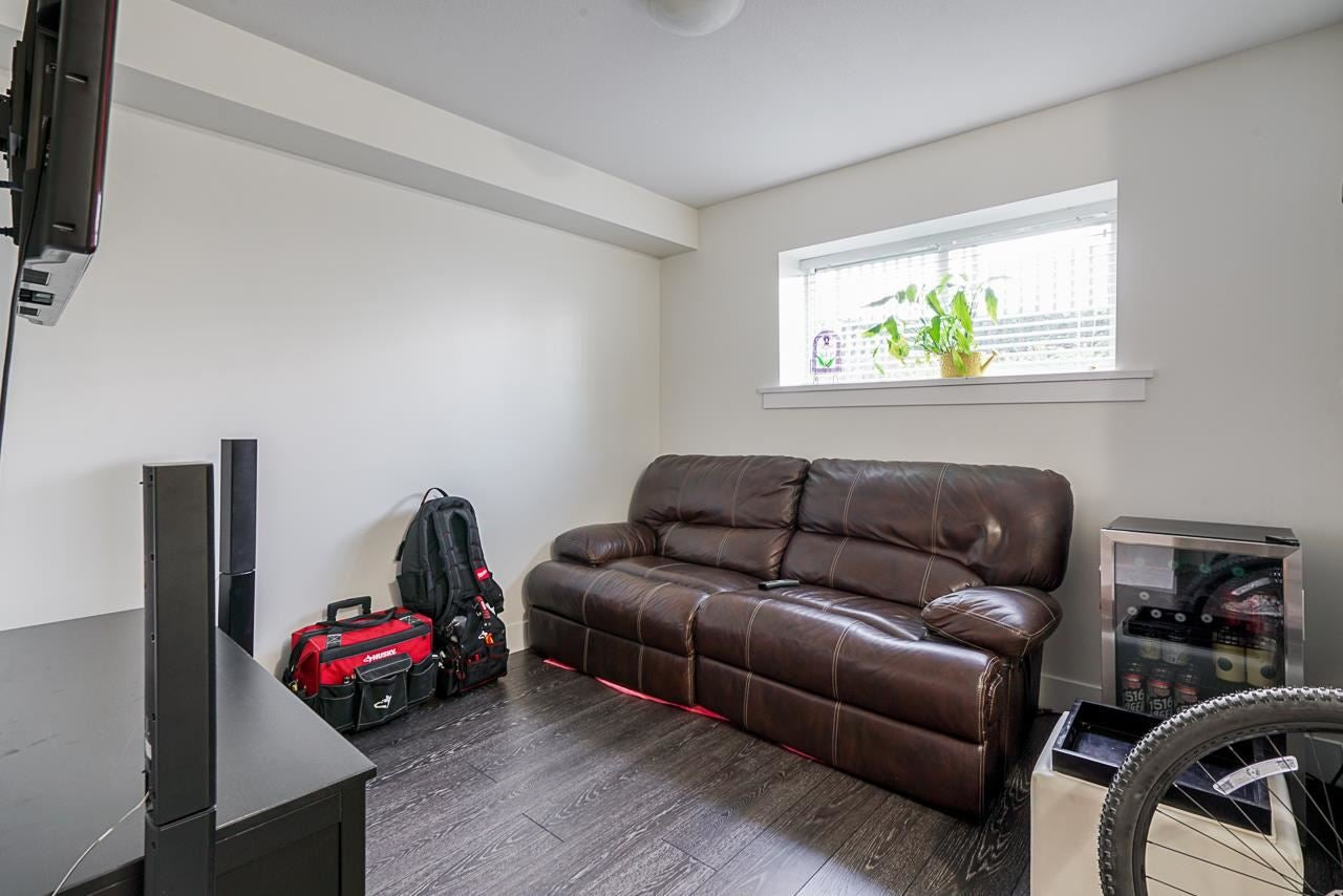 100 9989 E BARNSTON DRIVE - Fraser Heights Townhouse for sale, 3 Bedrooms (R2573730) - #23