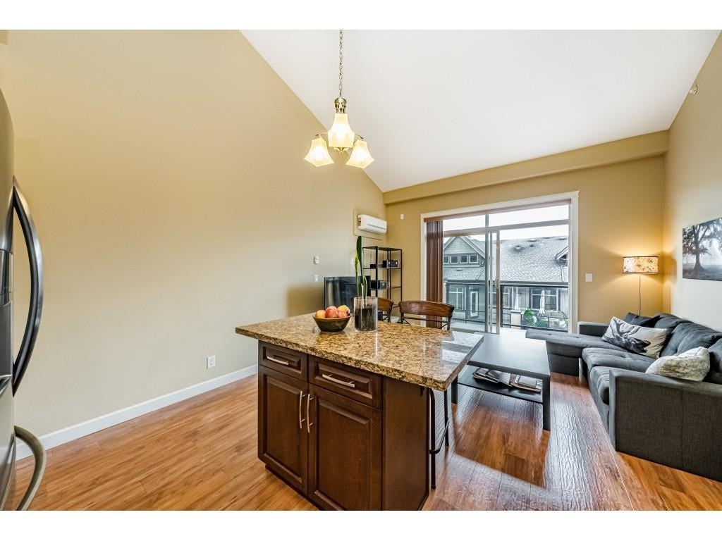 560 8258 207A STREET - Willoughby Heights Apartment/Condo for sale, 1 Bedroom (R2574490) - #21