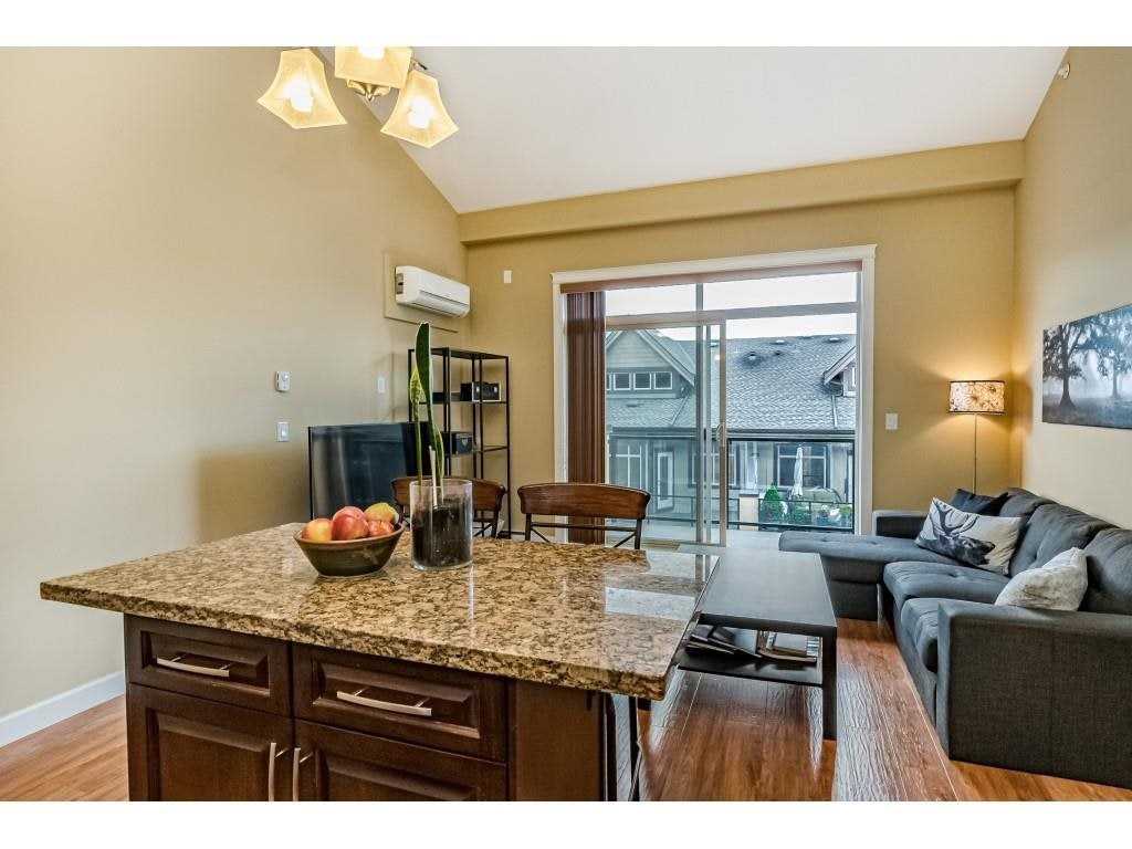 560 8258 207A STREET - Willoughby Heights Apartment/Condo for sale, 1 Bedroom (R2574490) - #22