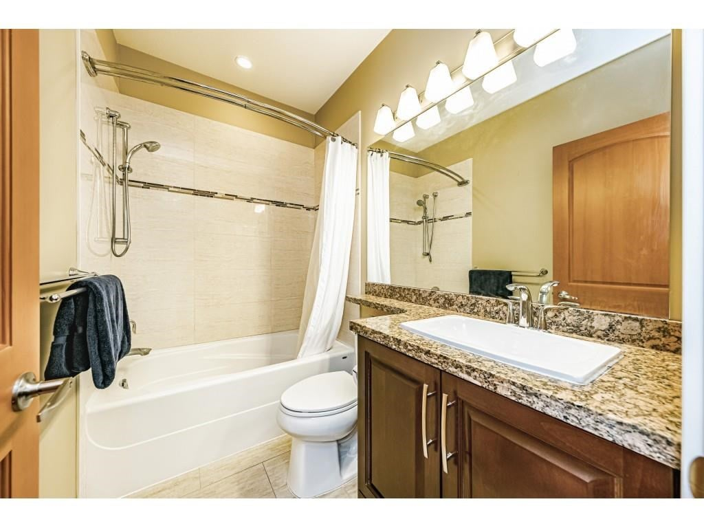 560 8258 207A STREET - Willoughby Heights Apartment/Condo for sale, 1 Bedroom (R2574490) - #23