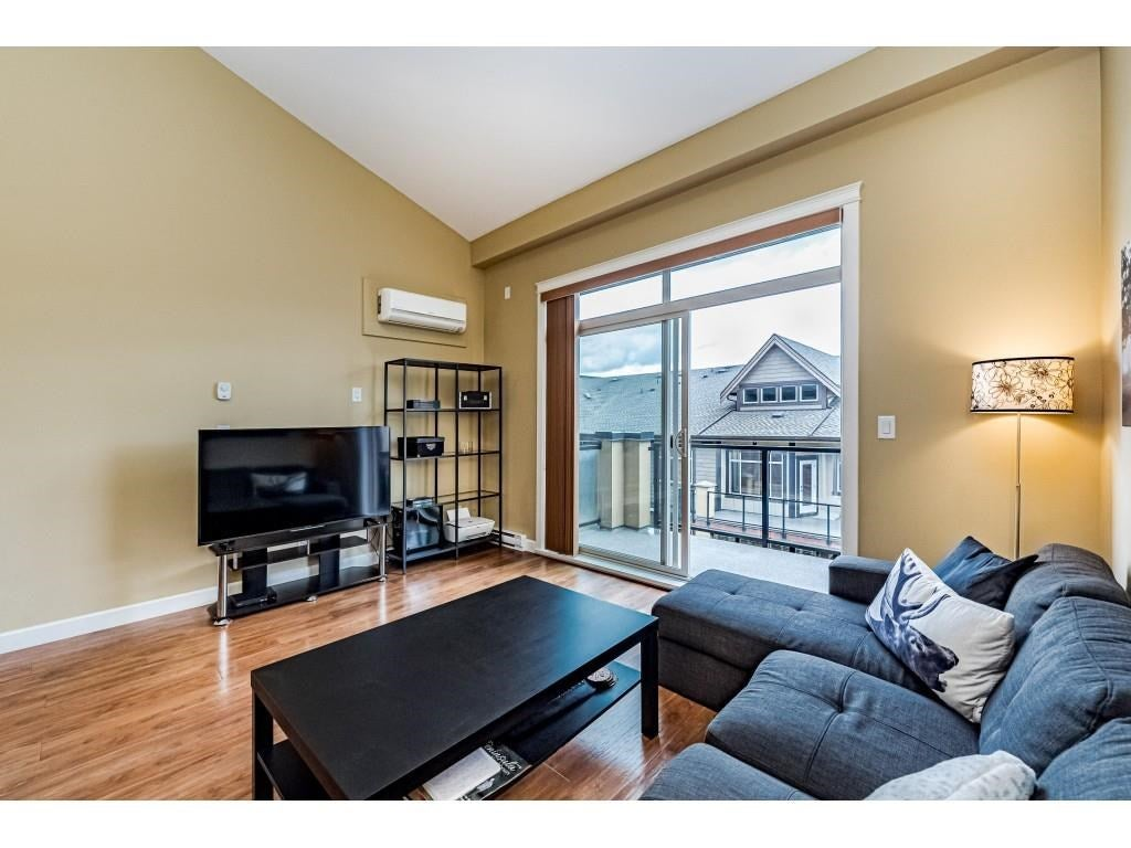560 8258 207A STREET - Willoughby Heights Apartment/Condo for sale, 1 Bedroom (R2574490) - #8