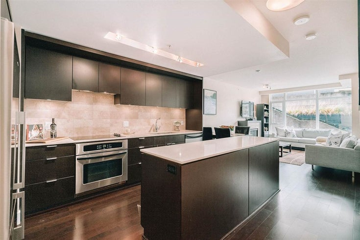 201 158 W 13TH STREET - Central Lonsdale Apartment/Condo for sale, 1 Bedroom (R2574597)