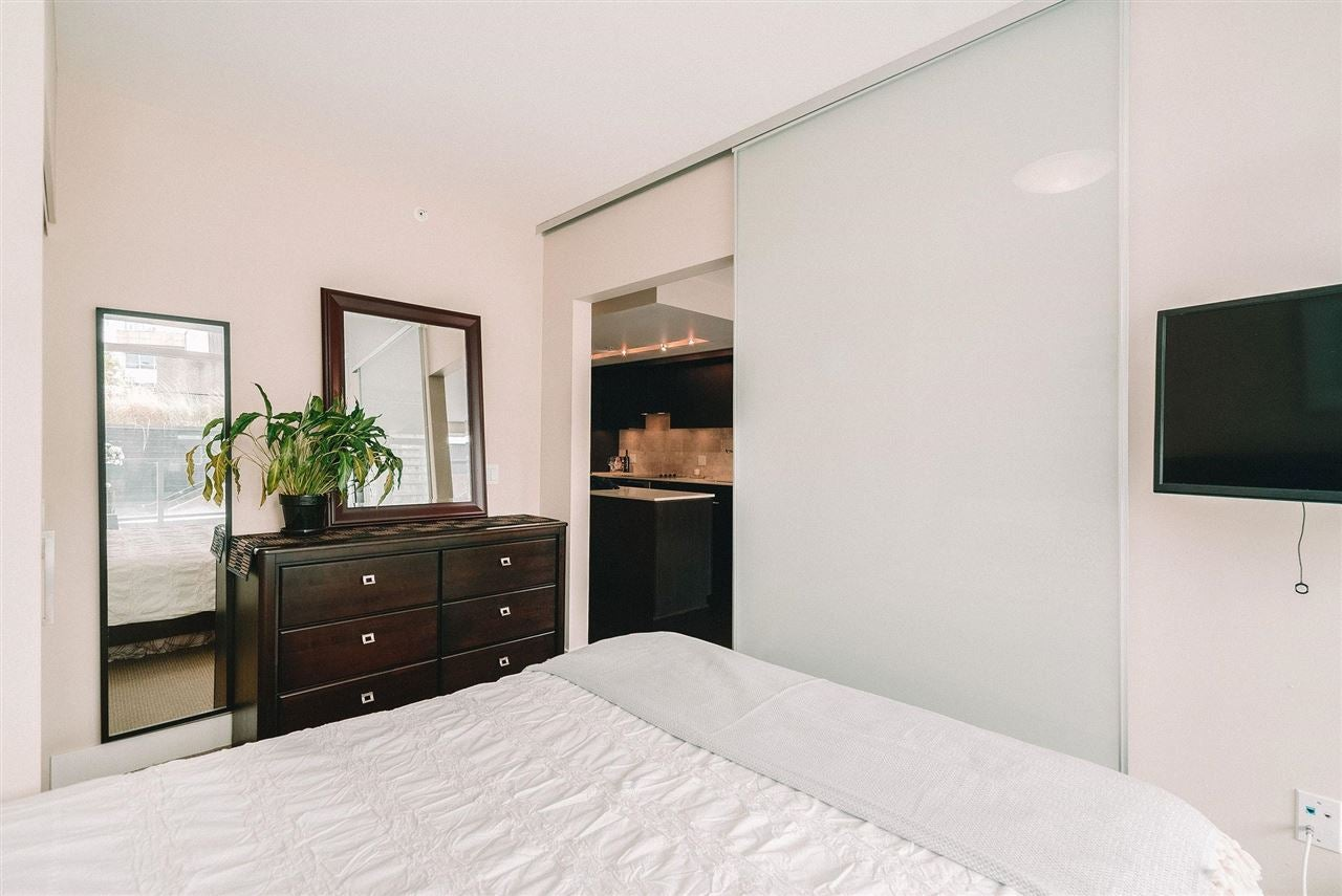 201 158 W 13TH STREET - Central Lonsdale Apartment/Condo for sale, 1 Bedroom (R2574597) - #18