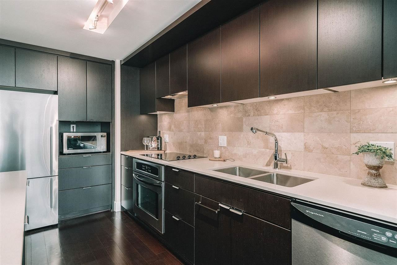 201 158 W 13TH STREET - Central Lonsdale Apartment/Condo for sale, 1 Bedroom (R2574597) - #5