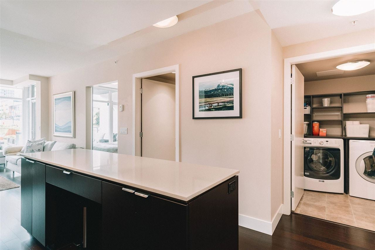 201 158 W 13TH STREET - Central Lonsdale Apartment/Condo for sale, 1 Bedroom (R2574597) - #6