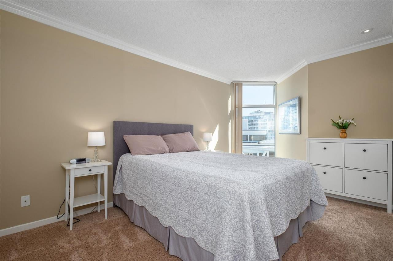 1002 168 CHADWICK COURT - Lower Lonsdale Apartment/Condo for sale, 2 Bedrooms (R2574690) - #13