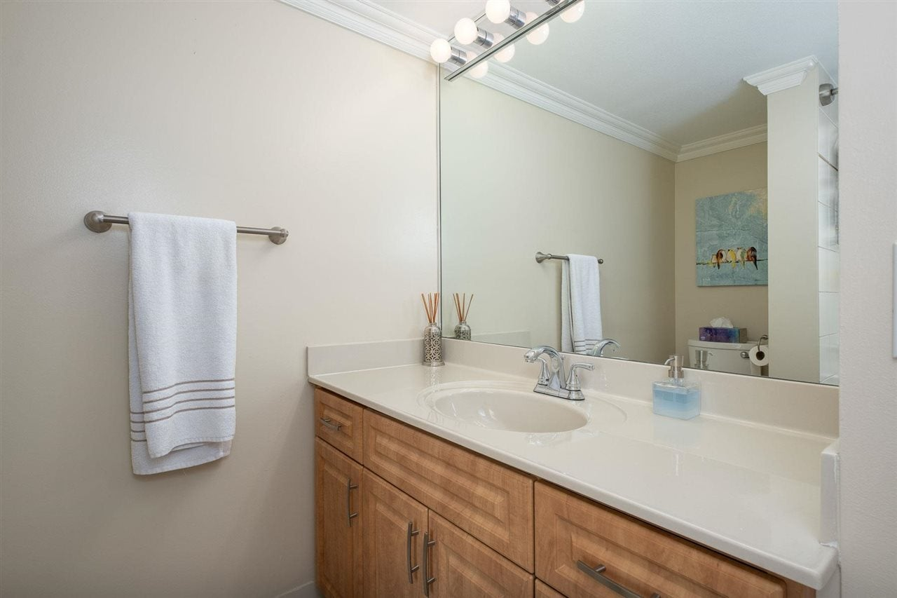 1002 168 CHADWICK COURT - Lower Lonsdale Apartment/Condo for sale, 2 Bedrooms (R2574690) - #14