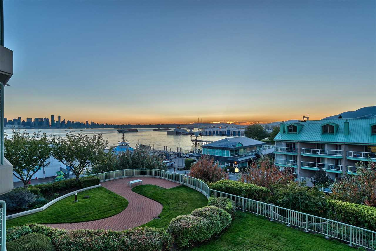 1002 168 CHADWICK COURT - Lower Lonsdale Apartment/Condo for sale, 2 Bedrooms (R2574690) - #2