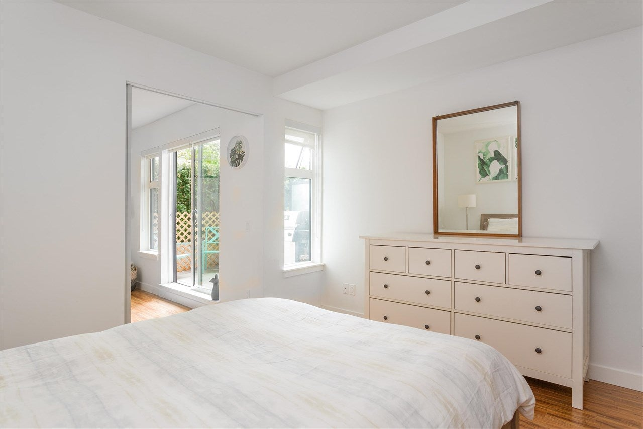 216 111 E 3RD STREET - Lower Lonsdale Apartment/Condo for sale, 1 Bedroom (R2574797) - #14
