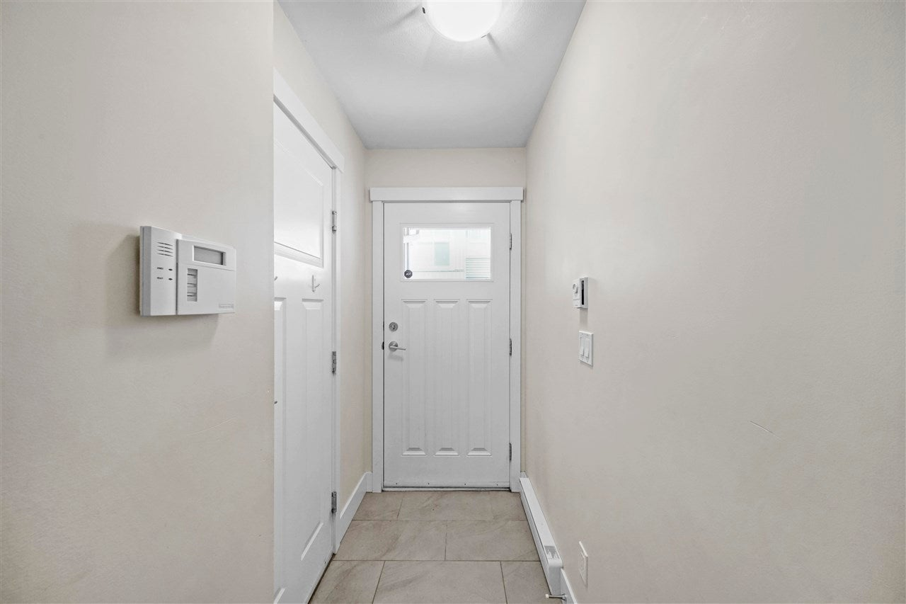 40 20966 77A AVENUE - Willoughby Heights Townhouse for sale, 3 Bedrooms (R2574825) - #2