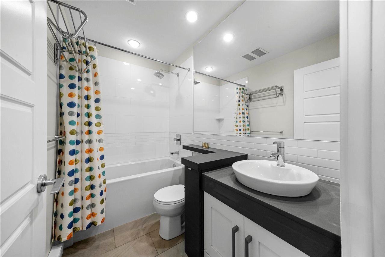 40 20966 77A AVENUE - Willoughby Heights Townhouse for sale, 3 Bedrooms (R2574825) - #20