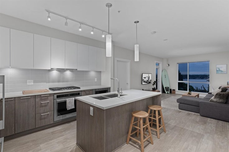 301 615 E 3RD STREET - Lower Lonsdale Apartment/Condo for sale, 2 Bedrooms (R2574843)