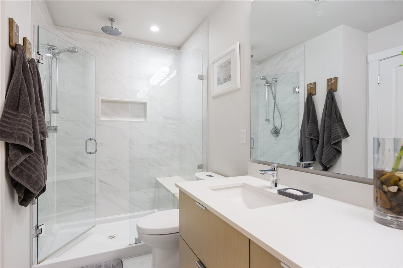 202 277 W 1ST STREET - Lower Lonsdale Apartment/Condo for sale, 2 Bedrooms (R2574855) - #12