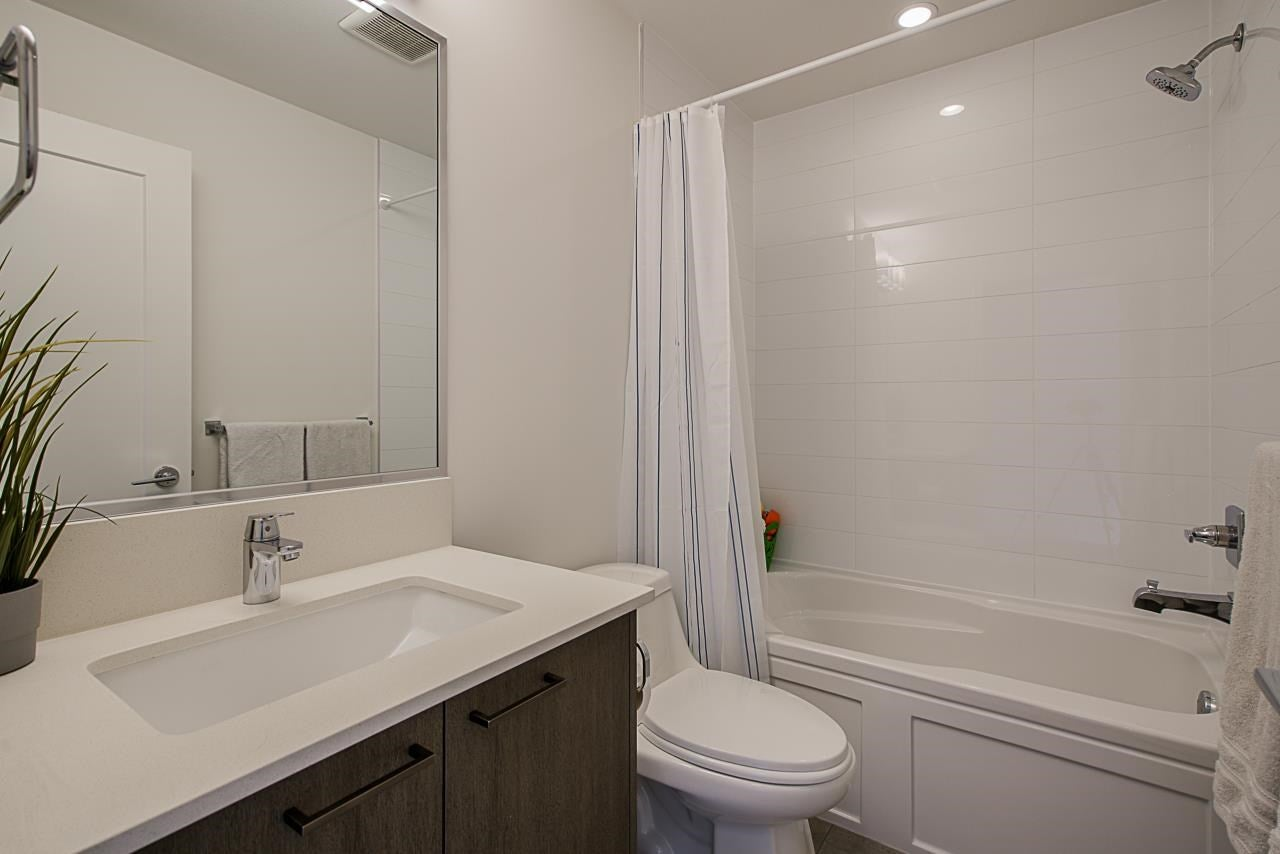 31 20849 78B AVENUE - Willoughby Heights Townhouse for sale, 3 Bedrooms (R2574916) - #31