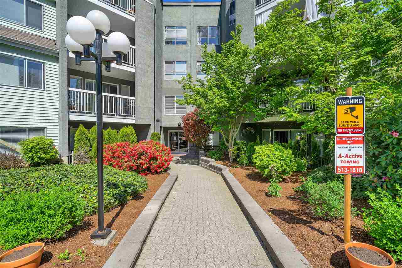 313 5700 200 STREET - Langley City Apartment/Condo for sale, 2 Bedrooms (R2574997) - #2