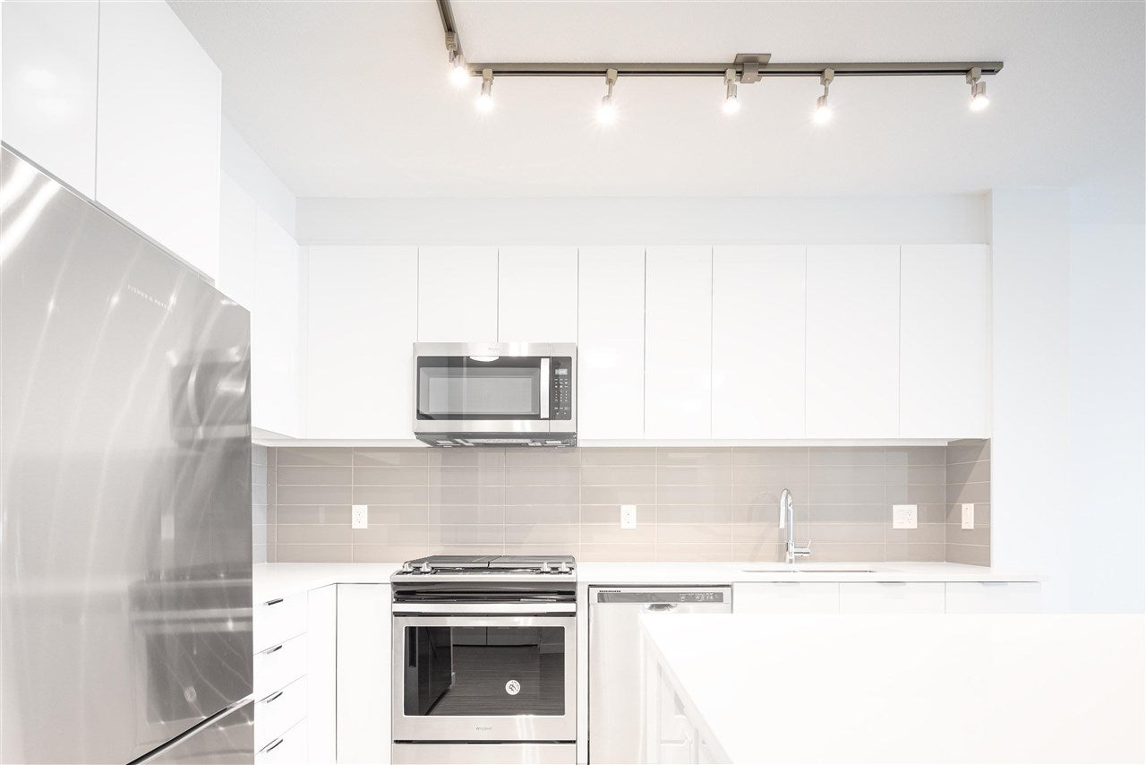 A221 8150 207 STREET - Willoughby Heights Apartment/Condo for sale, 2 Bedrooms (R2575056) - #11