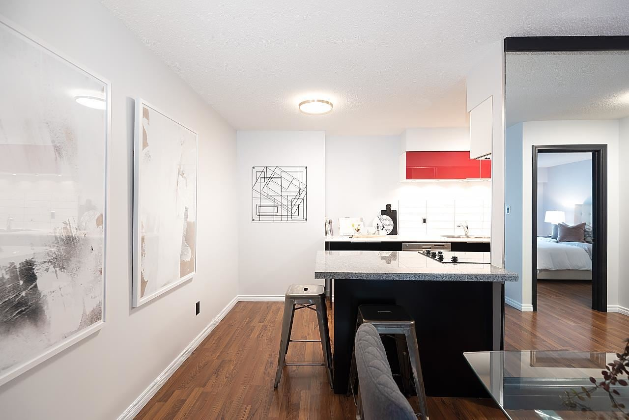 102 250 W 1ST STREET - Lower Lonsdale Apartment/Condo for sale, 1 Bedroom (R2575153) - #24