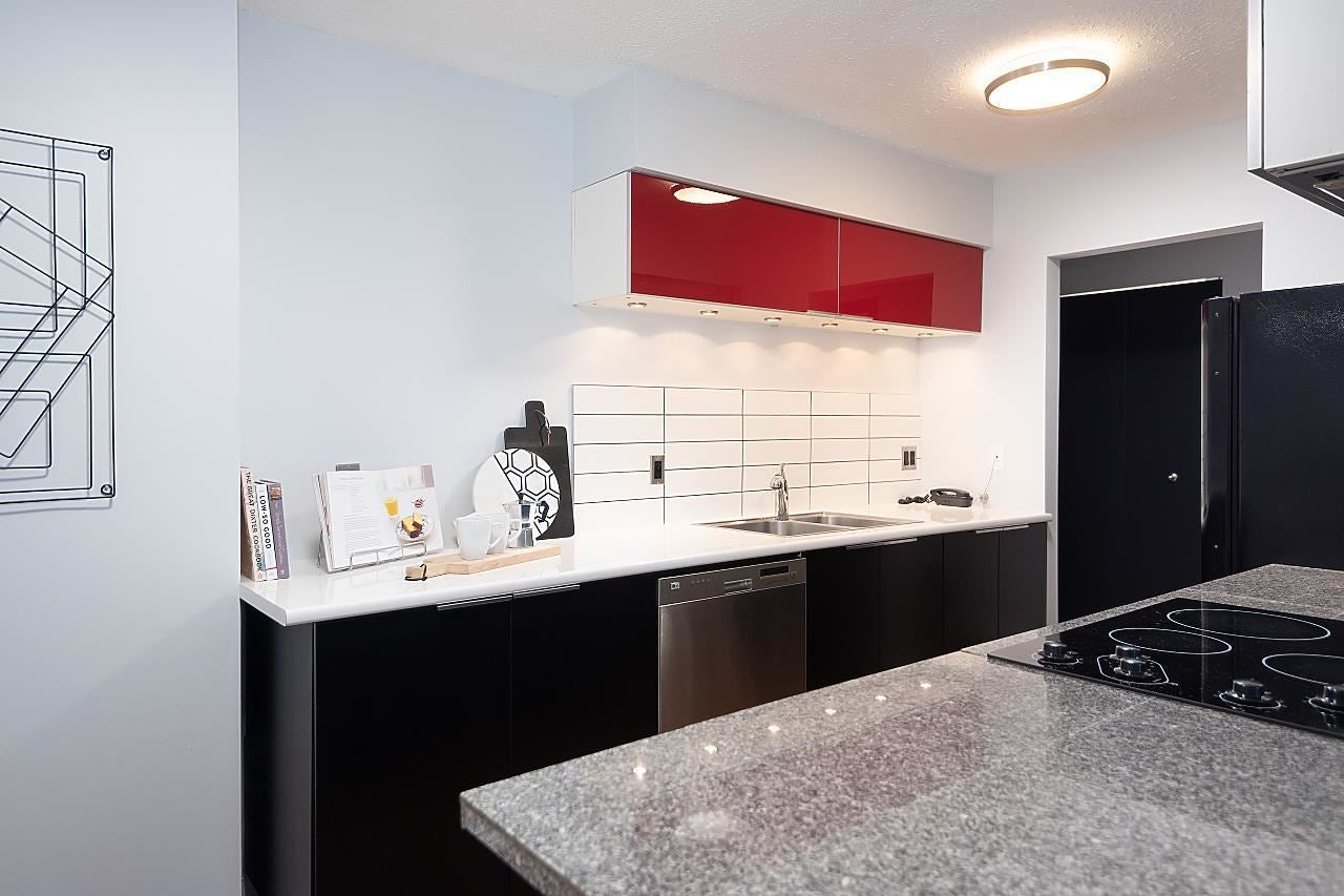 102 250 W 1ST STREET - Lower Lonsdale Apartment/Condo for sale, 1 Bedroom (R2575153) - #25
