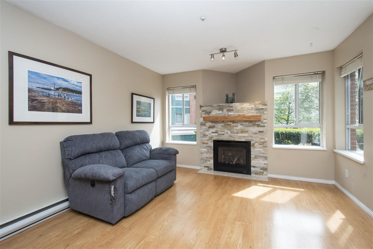 102 128 W 8TH STREET - Central Lonsdale Apartment/Condo for sale, 1 Bedroom (R2575197) - #10