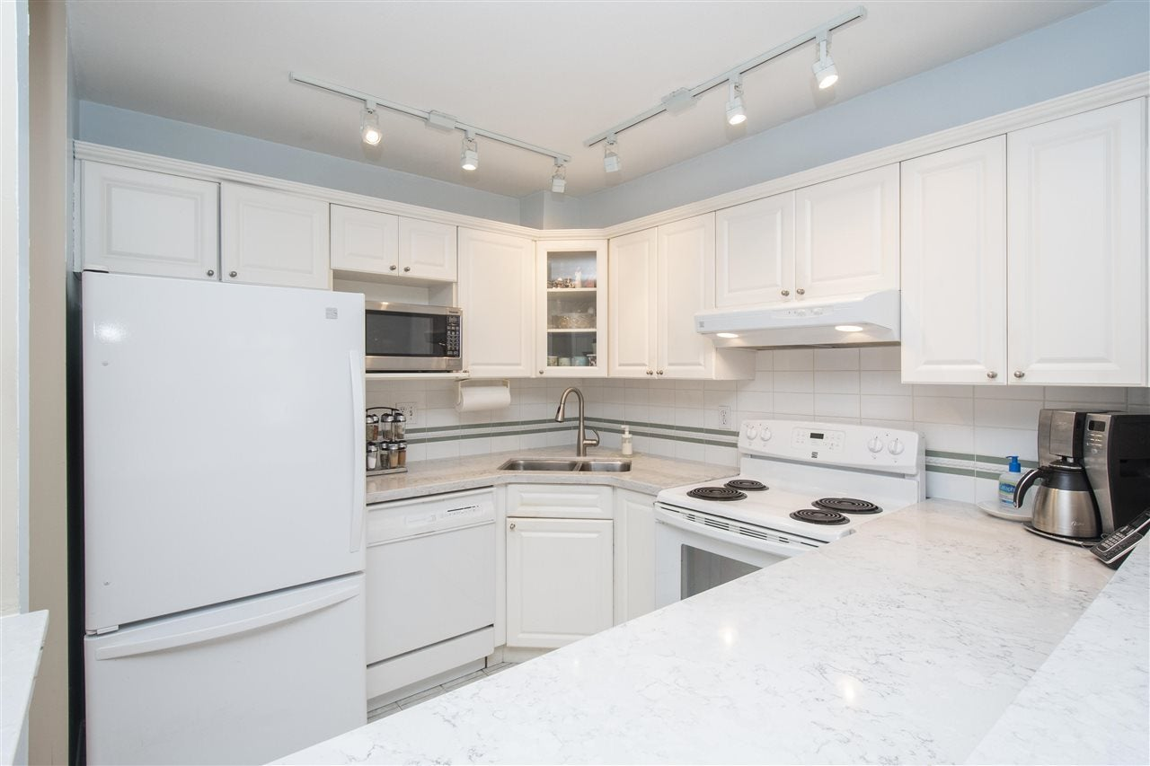 102 128 W 8TH STREET - Central Lonsdale Apartment/Condo for sale, 1 Bedroom (R2575197) - #2