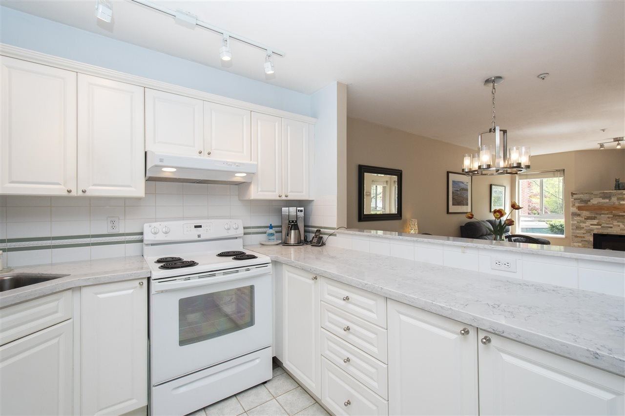 102 128 W 8TH STREET - Central Lonsdale Apartment/Condo for sale, 1 Bedroom (R2575197) - #3