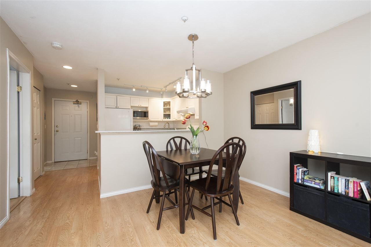 102 128 W 8TH STREET - Central Lonsdale Apartment/Condo for sale, 1 Bedroom (R2575197) - #6