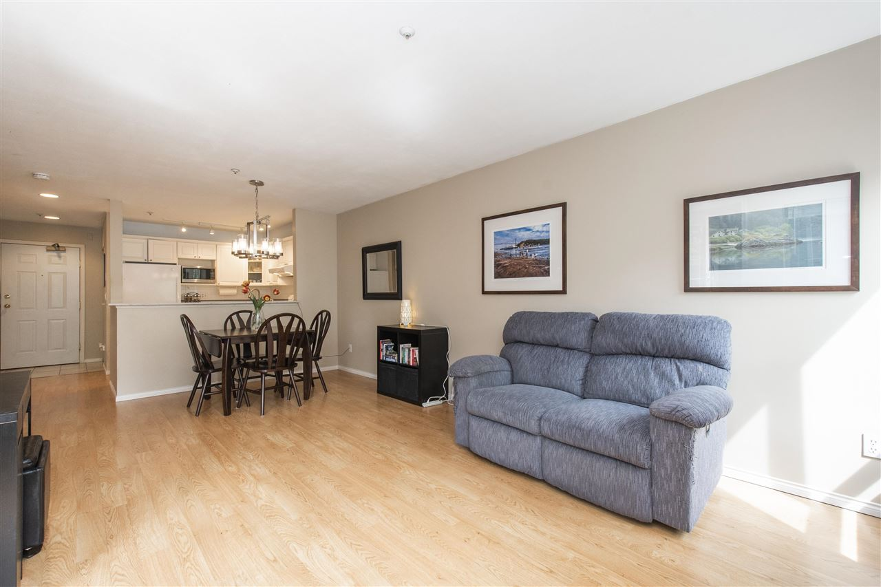 102 128 W 8TH STREET - Central Lonsdale Apartment/Condo for sale, 1 Bedroom (R2575197) - #8