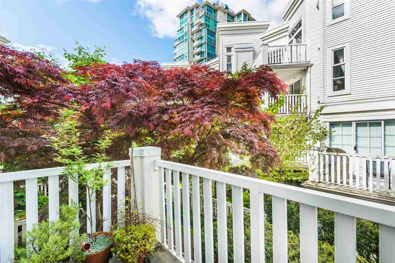 211 147 E 1ST STREET - Lower Lonsdale Apartment/Condo for sale, 2 Bedrooms (R2575314) - #17