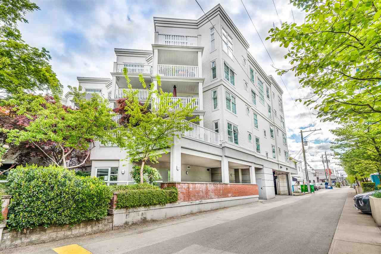 211 147 E 1ST STREET - Lower Lonsdale Apartment/Condo for sale, 2 Bedrooms (R2575314) - #21