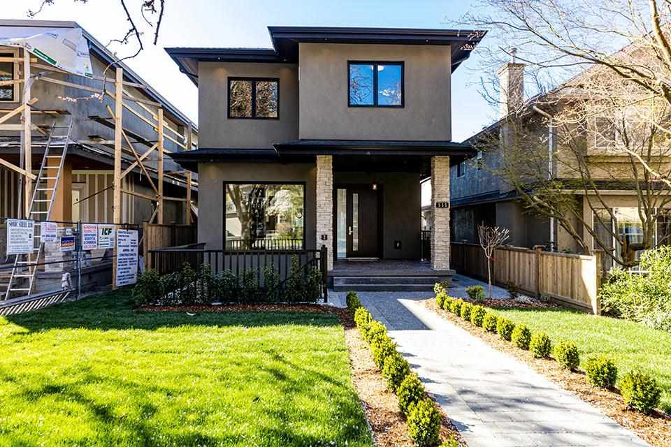 551 W 21ST STREET - Central Lonsdale House/Single Family for sale, 6 Bedrooms (R2575402)