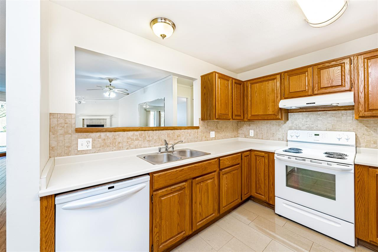 104 1255 BEST STREET - White Rock Apartment/Condo for sale, 2 Bedrooms (R2575424) - #12