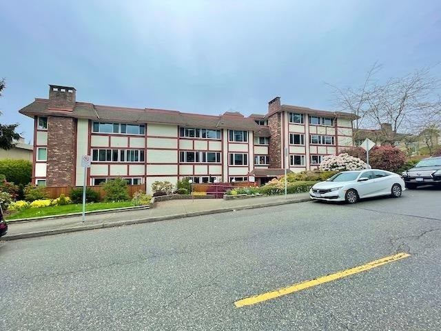 301 1381 MARTIN STREET - White Rock Apartment/Condo for sale, 2 Bedrooms (R2575498) - #1