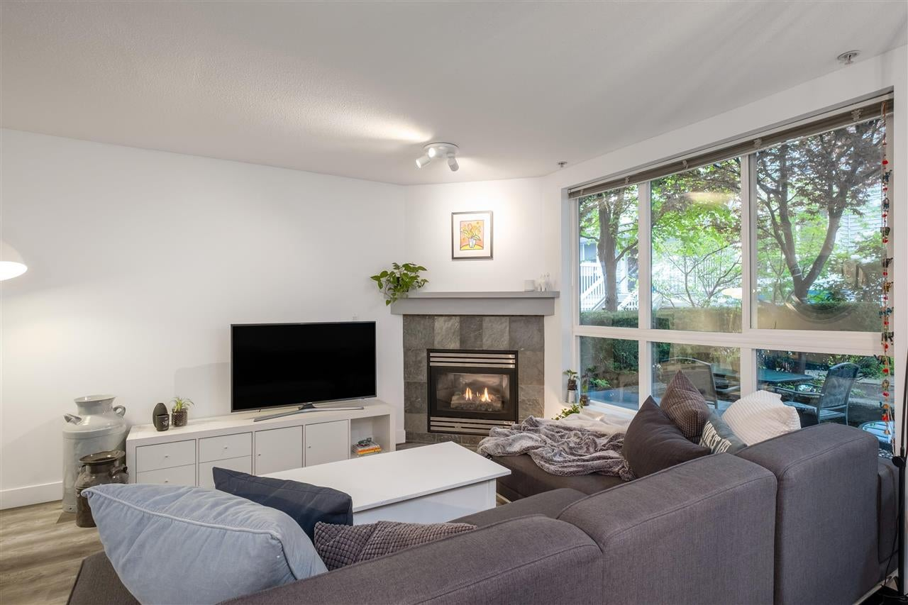 9 1073 LYNN VALLEY ROAD - Lynn Valley Townhouse for sale, 2 Bedrooms (R2575517) - #12