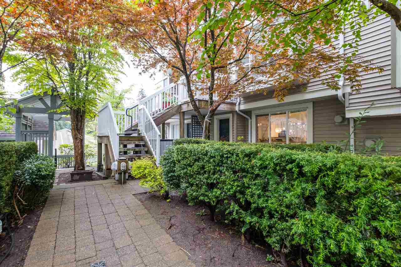 9 1073 LYNN VALLEY ROAD - Lynn Valley Townhouse for sale, 2 Bedrooms (R2575517) - #20