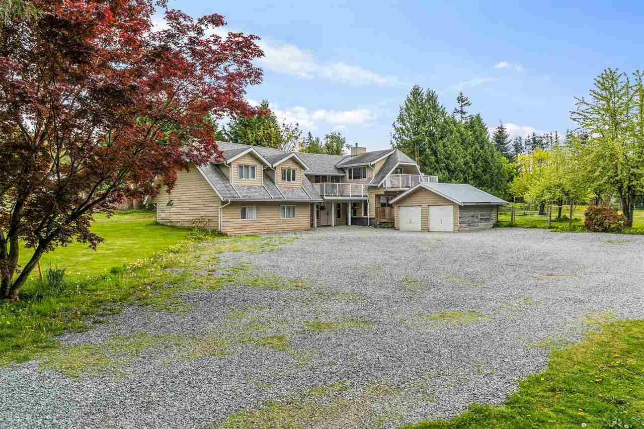 25412 58 AVENUE - Salmon River House with Acreage for sale, 6 Bedrooms (R2575679) - #1