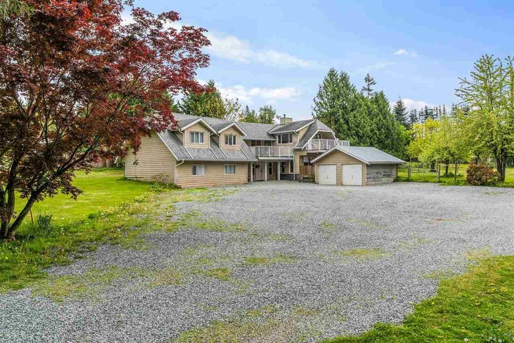 25412 58 AVENUE - Salmon River House with Acreage for sale, 6 Bedrooms (R2575679)