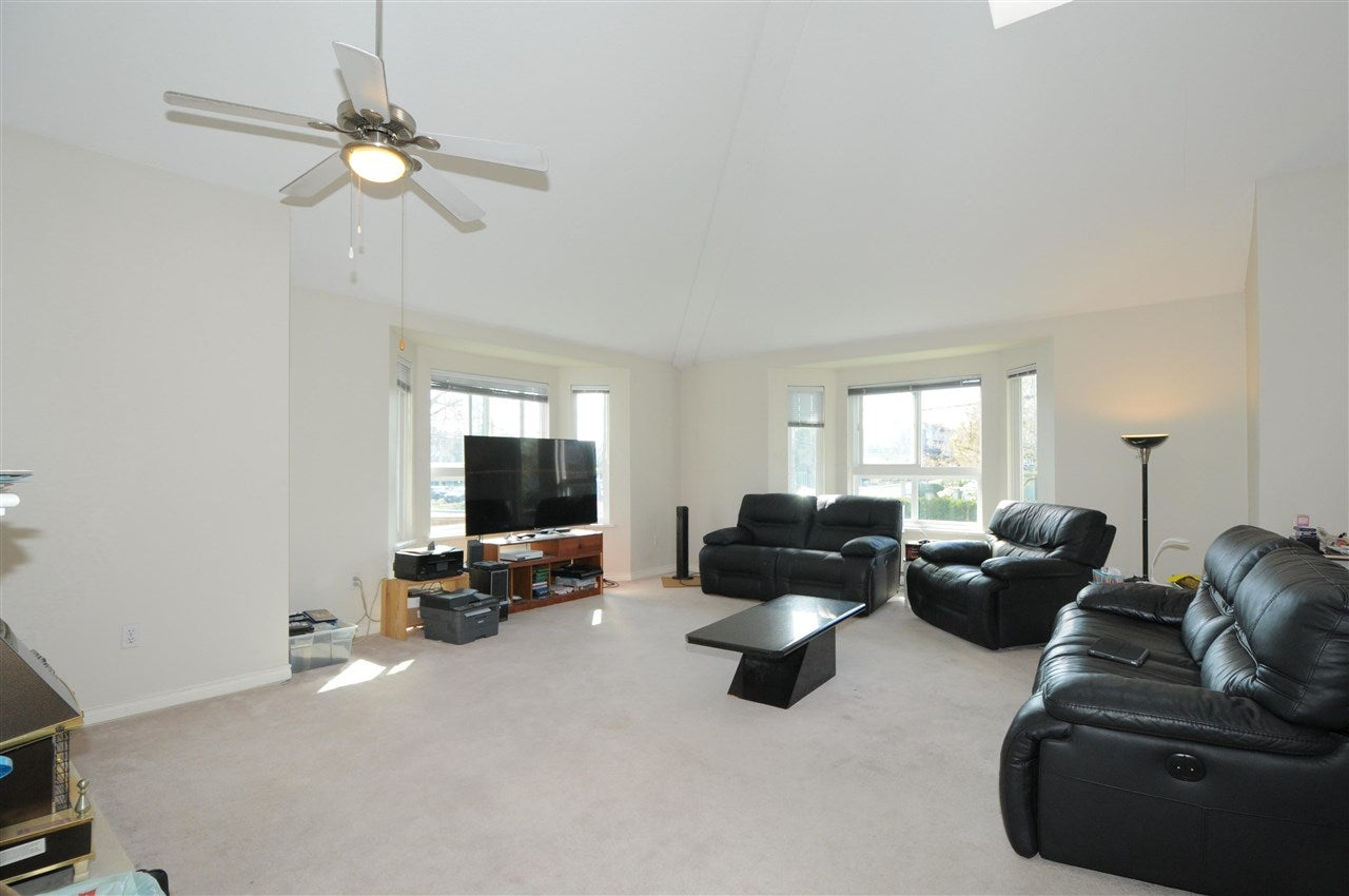 213 19721 64 AVENUE - Willoughby Heights Apartment/Condo for sale, 3 Bedrooms (R2575760) - #3