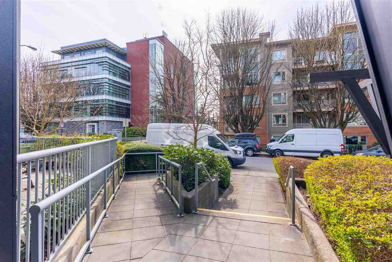 203 118 W 22ND STREET - Central Lonsdale Apartment/Condo for sale, 1 Bedroom (R2575769) - #21