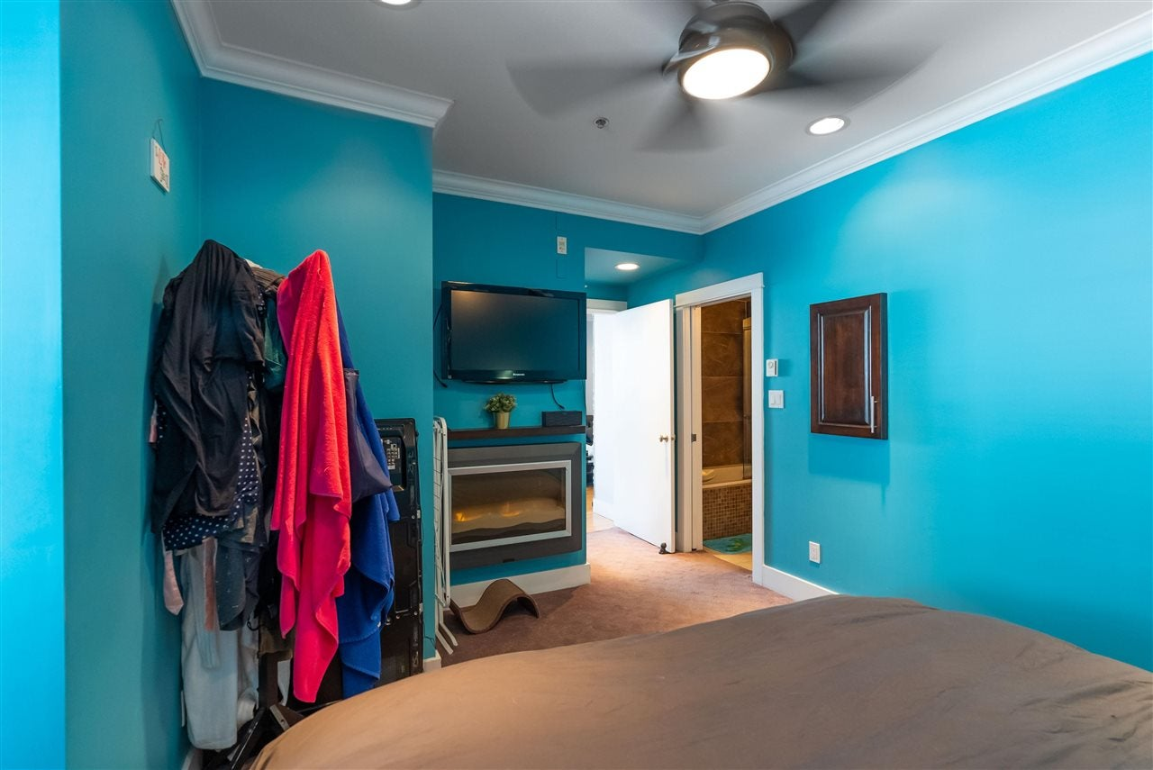 203 118 W 22ND STREET - Central Lonsdale Apartment/Condo for sale, 1 Bedroom (R2575769) - #9