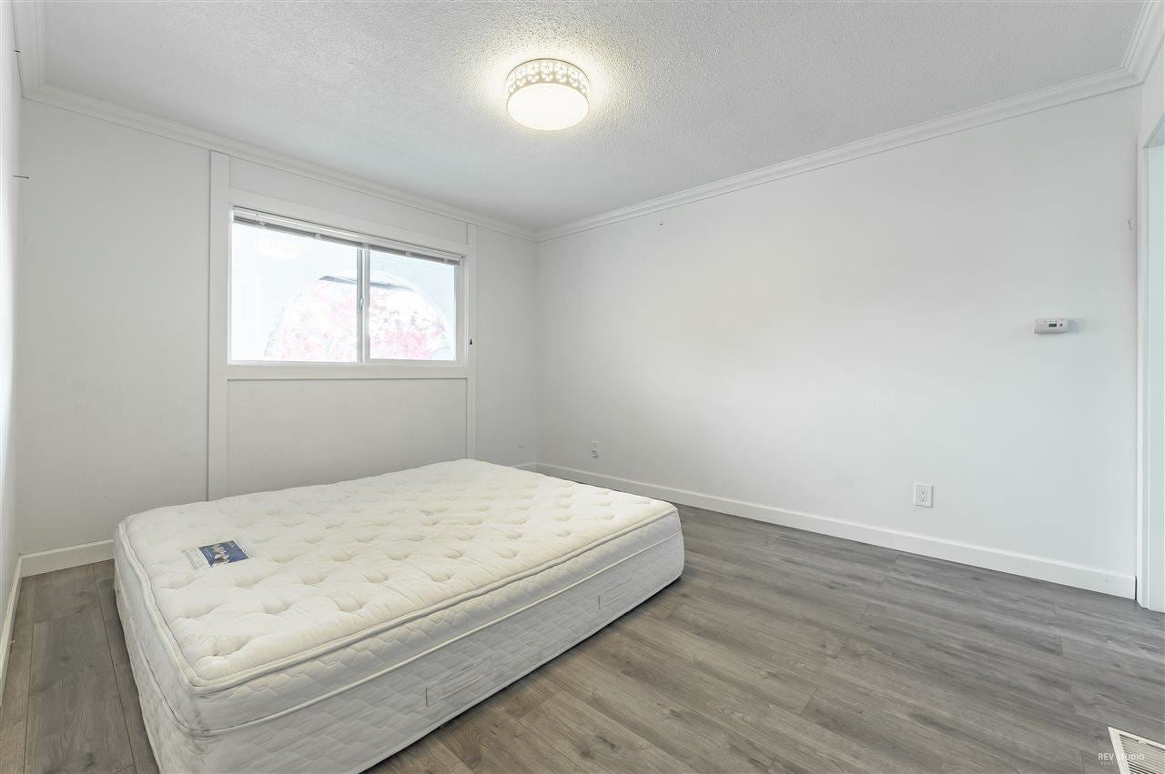 8991 ST. ALBANS ROAD - Garden City 1/2 Duplex for sale, 5 Bedrooms (R2576083) - #11