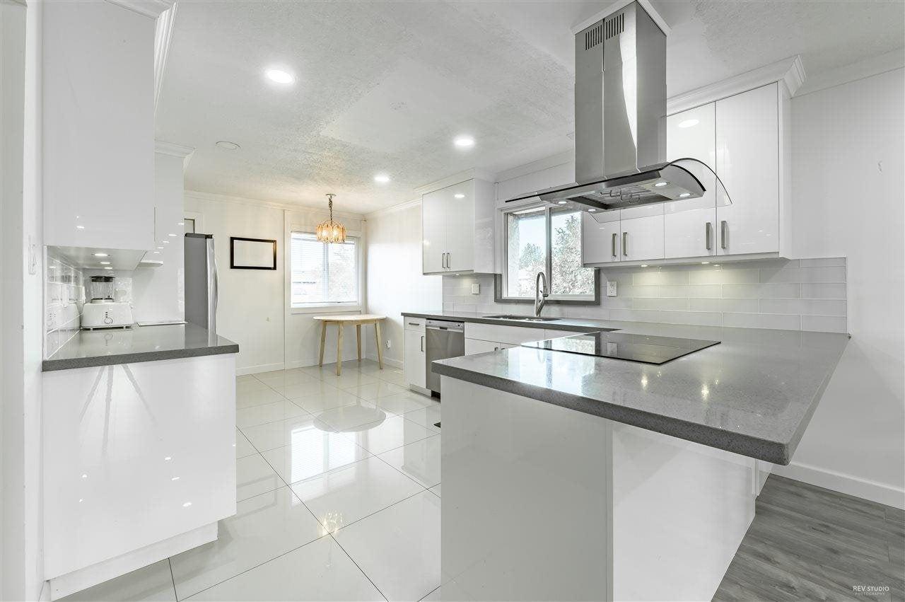 8991 ST. ALBANS ROAD - Garden City 1/2 Duplex for sale, 5 Bedrooms (R2576083) - #2