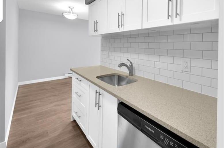 304 15238 100 AVENUE - Guildford Apartment/Condo for sale, 1 Bedroom (R2576105) - #7